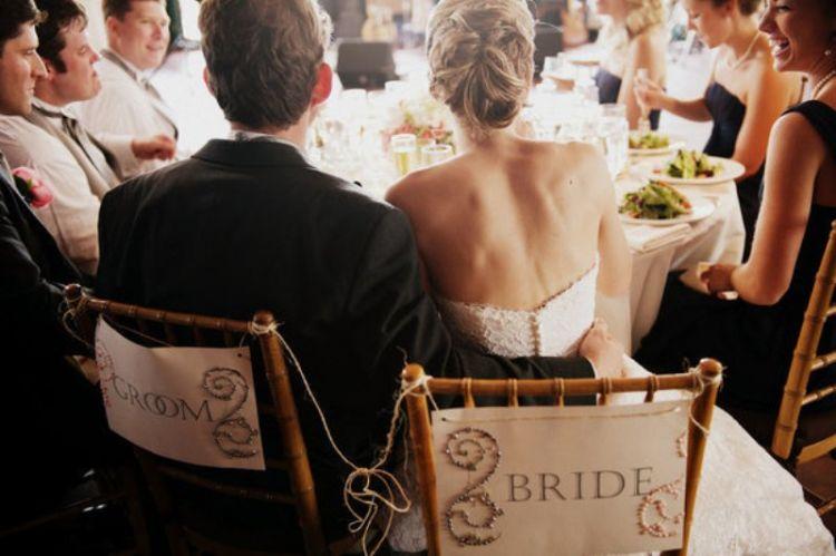 menikah_menyatukan_keluarga